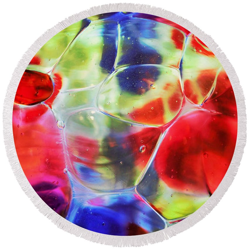Glass Round Beach Towel featuring the photograph Glassy Art by Marnie Patchett