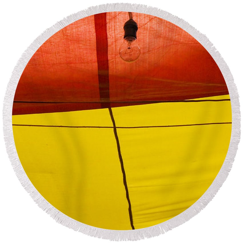 Bulb Round Beach Towel featuring the photograph Primary Light by Skip Hunt