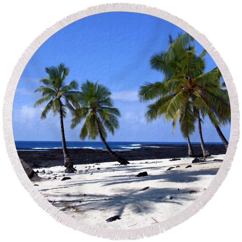 Hawaii Round Beach Towel featuring the photograph Pu Uhonua O Honaunau by Kurt Van Wagner