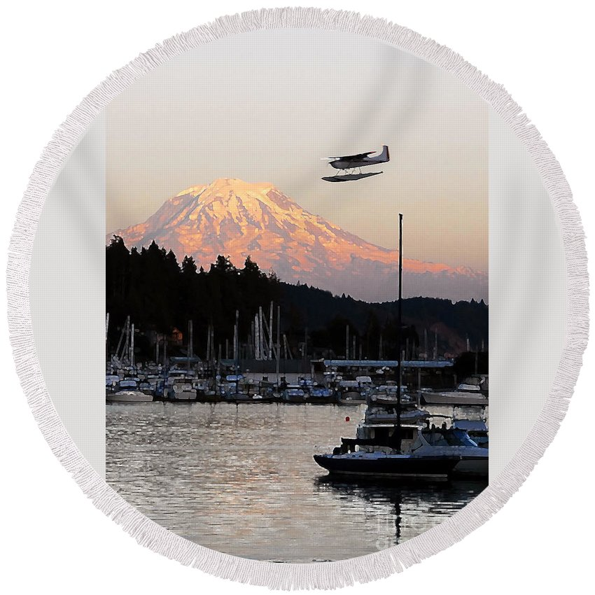 Puget Sound Round Beach Towel featuring the photograph Puget Sound Landing by David Lee Thompson