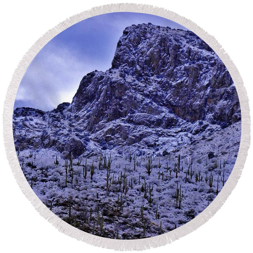 Pusch Ridge Round Beach Towel featuring the photograph Pusch Ridge Snowfall by John Wanserski