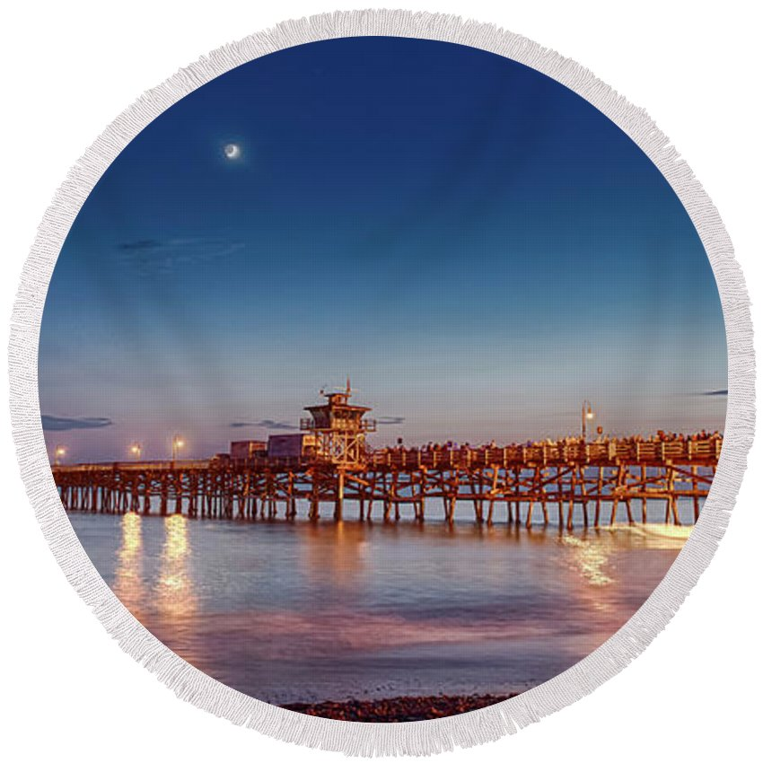 San Clemente Round Beach Towel featuring the photograph Quarter The Moon by Scott Campbell
