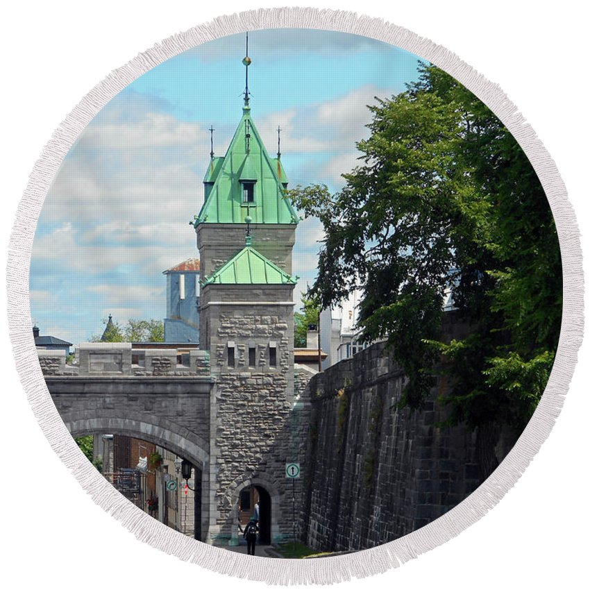 Quebec City Round Beach Towel featuring the photograph Quebec City 82 by Ron Kandt
