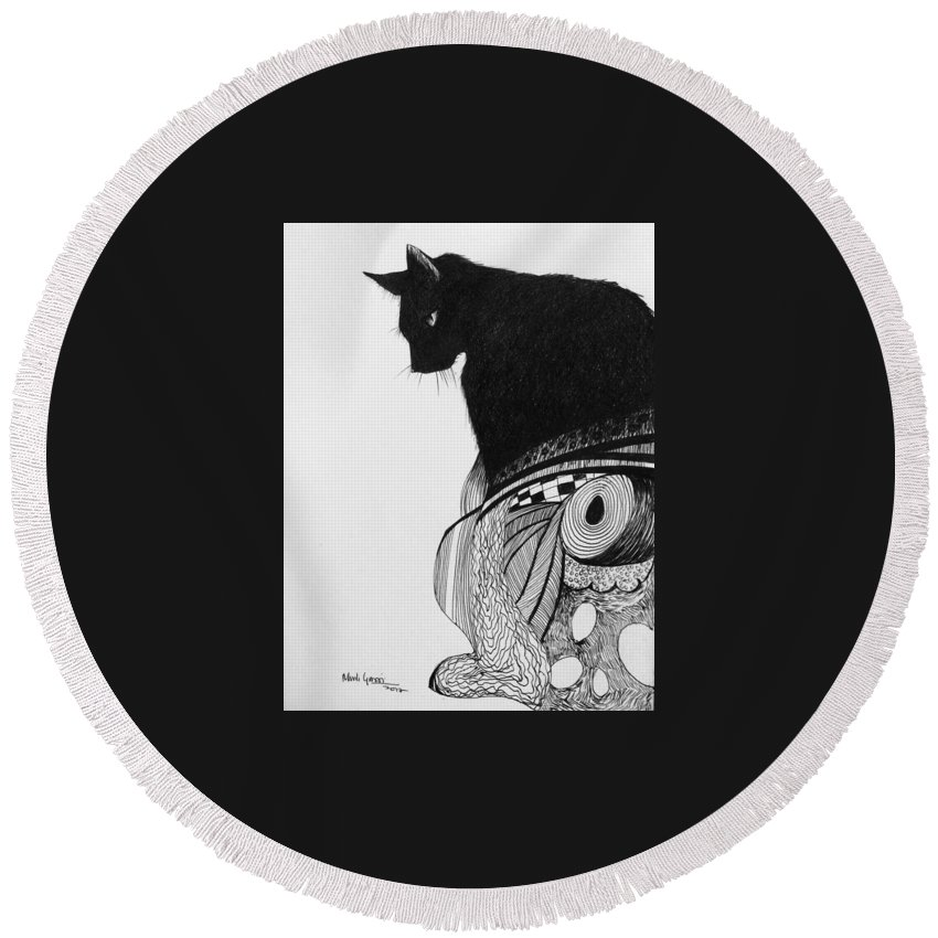Cat Round Beach Towel featuring the drawing Queen by Murali Gatti