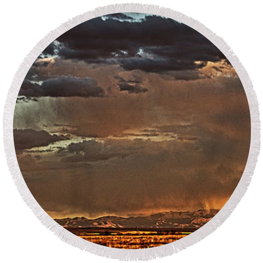 Sunset Round Beach Towel featuring the photograph Rain On The Mountain by David Thompson