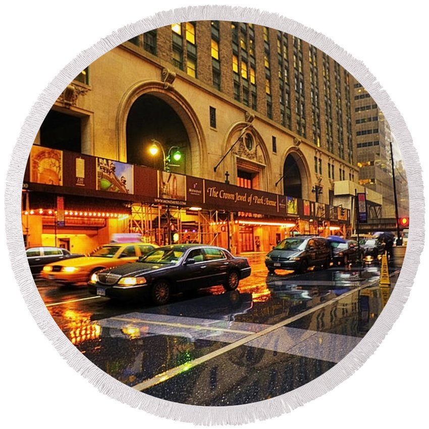America Round Beach Towel featuring the photograph Rainy Day In Manhattan by Svetlana Sewell