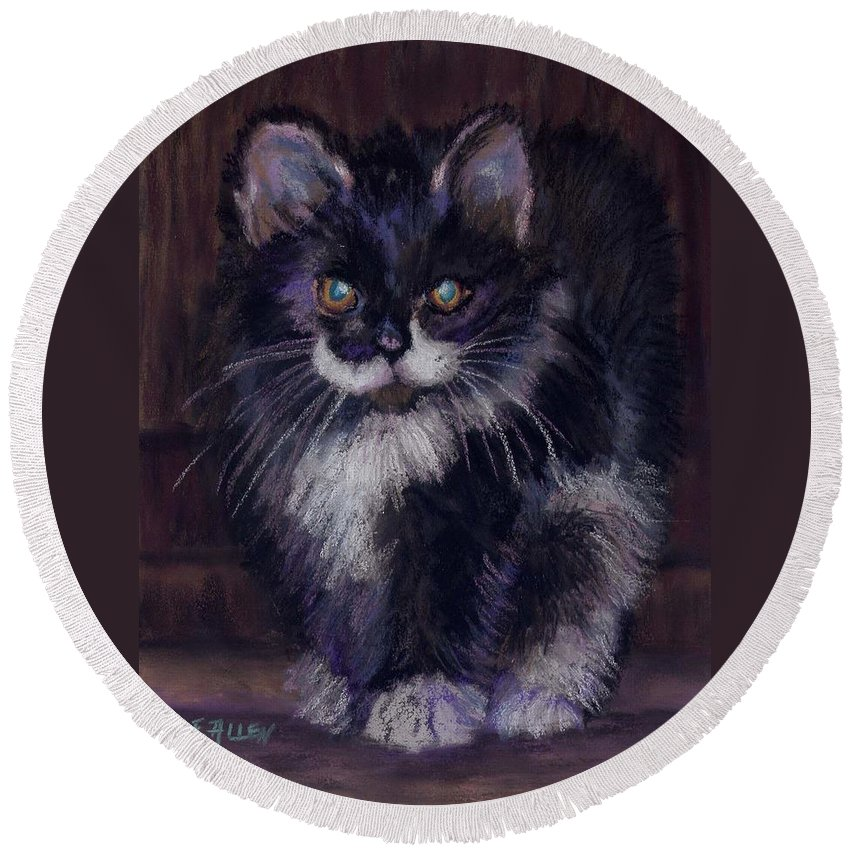 Kitten Round Beach Towel featuring the painting Ready for Trouble by Sharon E Allen