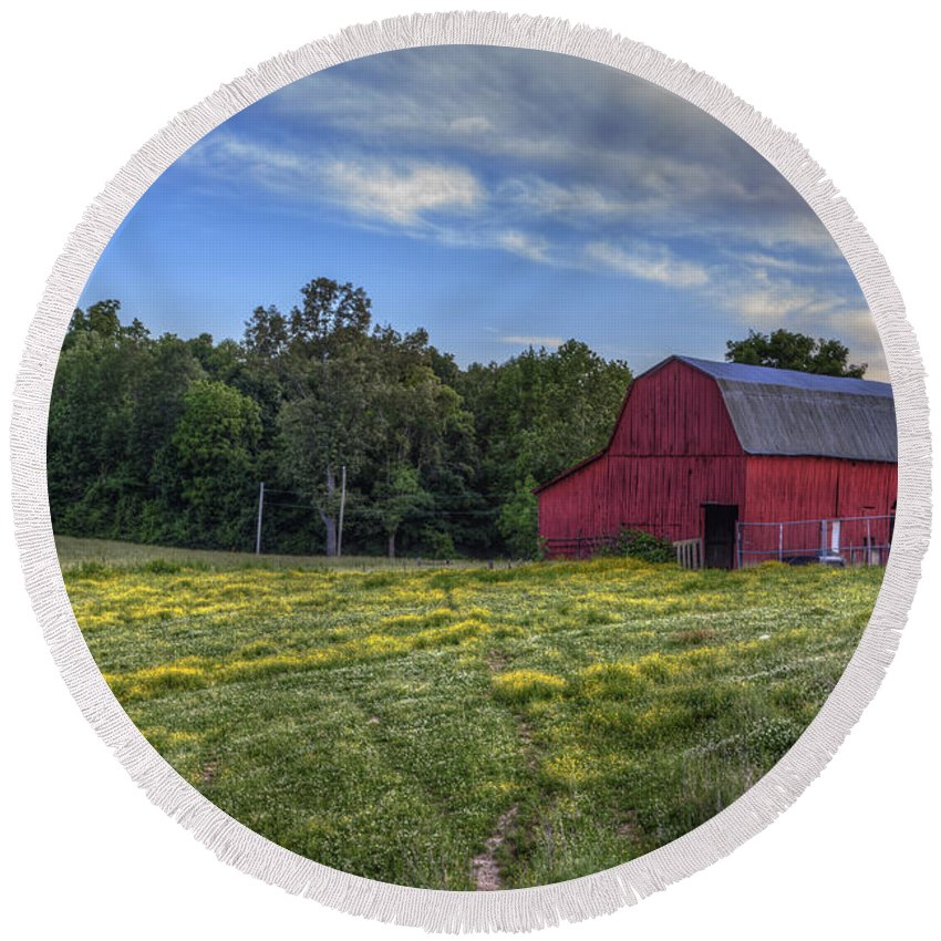 2015 Round Beach Towel featuring the photograph Red Barn In A Yellow Field by Larry Braun