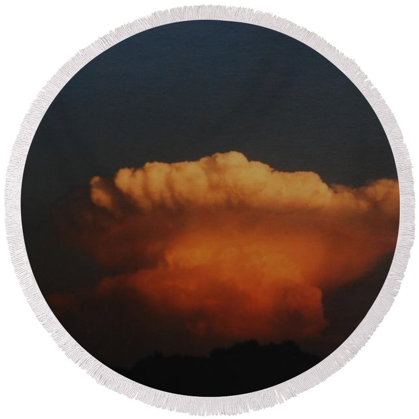 Clouds Round Beach Towel featuring the photograph Red Cloud by Rob Hans