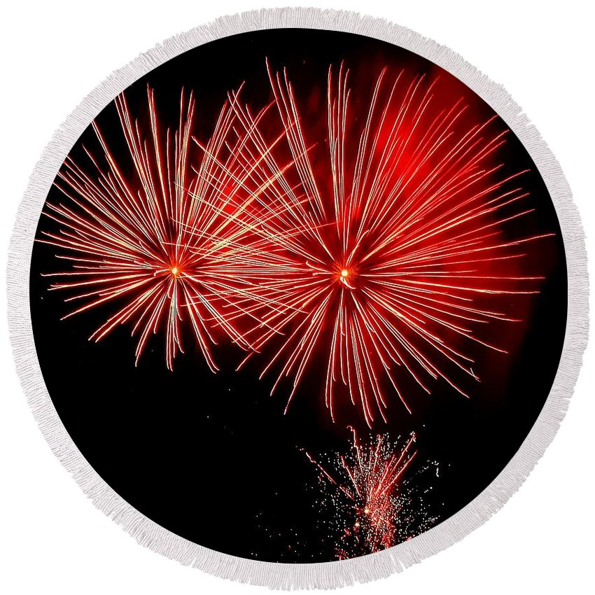 Fireworks Round Beach Towel featuring the photograph Red Hots by Tami Quigley