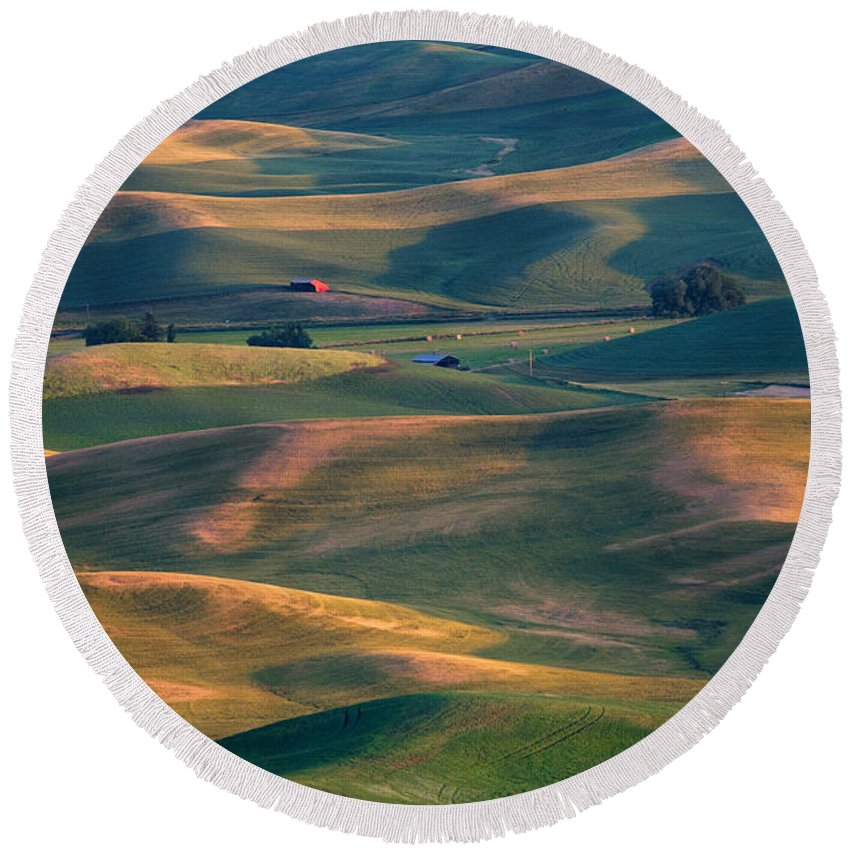 Barn Round Beach Towel featuring the photograph Red In A Sea Of Green by Mike Dawson