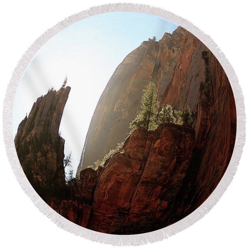 Landscapes Round Beach Towel featuring the photograph Red Rock At Zion by Sue Collura
