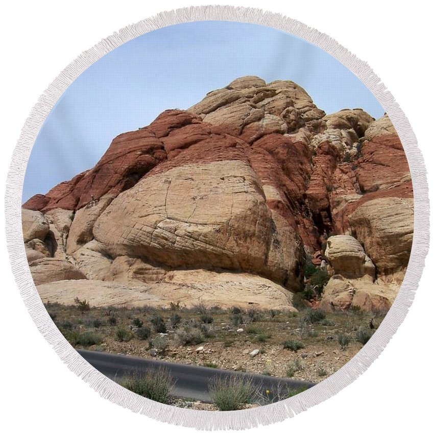 Red Rock Canyon Round Beach Towel featuring the photograph Red Rock Canyon 2 by Anita Burgermeister
