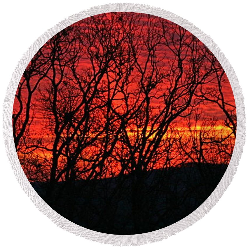 Sunrise Round Beach Towel featuring the photograph Red Sunrise Over The Ozarks by Nadine Rippelmeyer