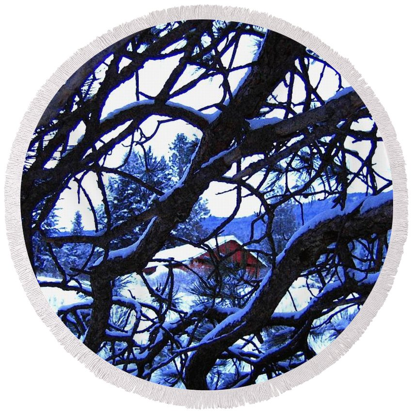 Red Woodshed Round Beach Towel featuring the photograph Red Woodshed by Will Borden