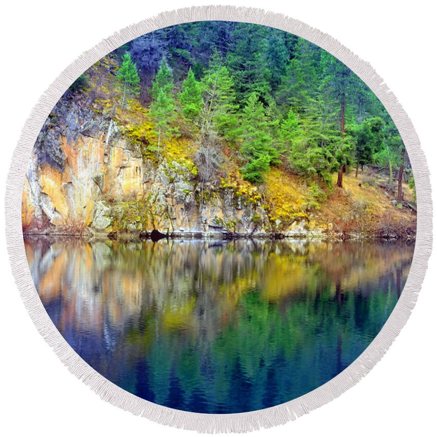 Lake Round Beach Towel featuring the photograph Reflections At Yellow Lake Moments Before The Rain by Tara Turner