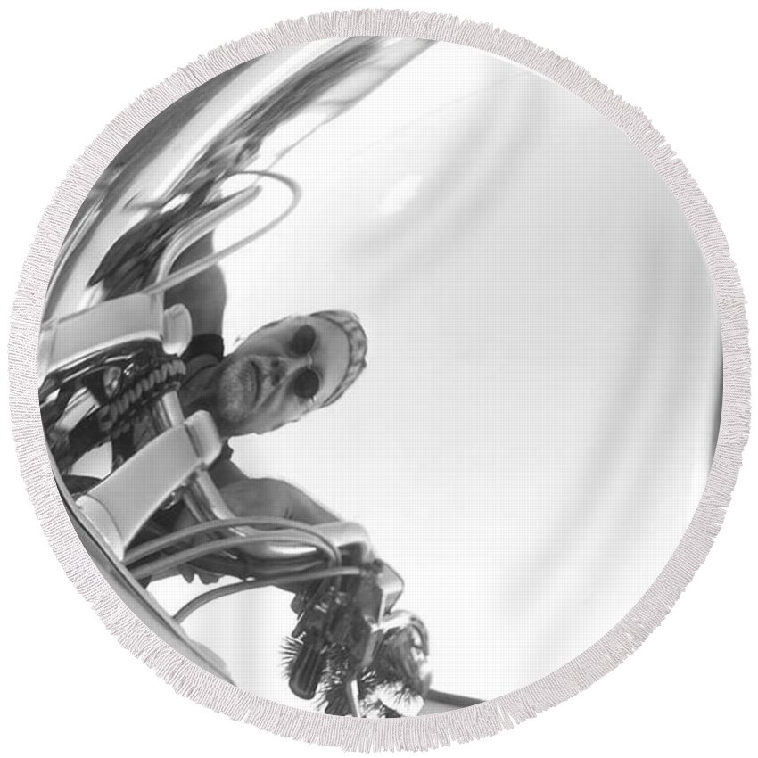 Chrome Round Beach Towel featuring the photograph Reflections Of Freedom by Pattie Frost