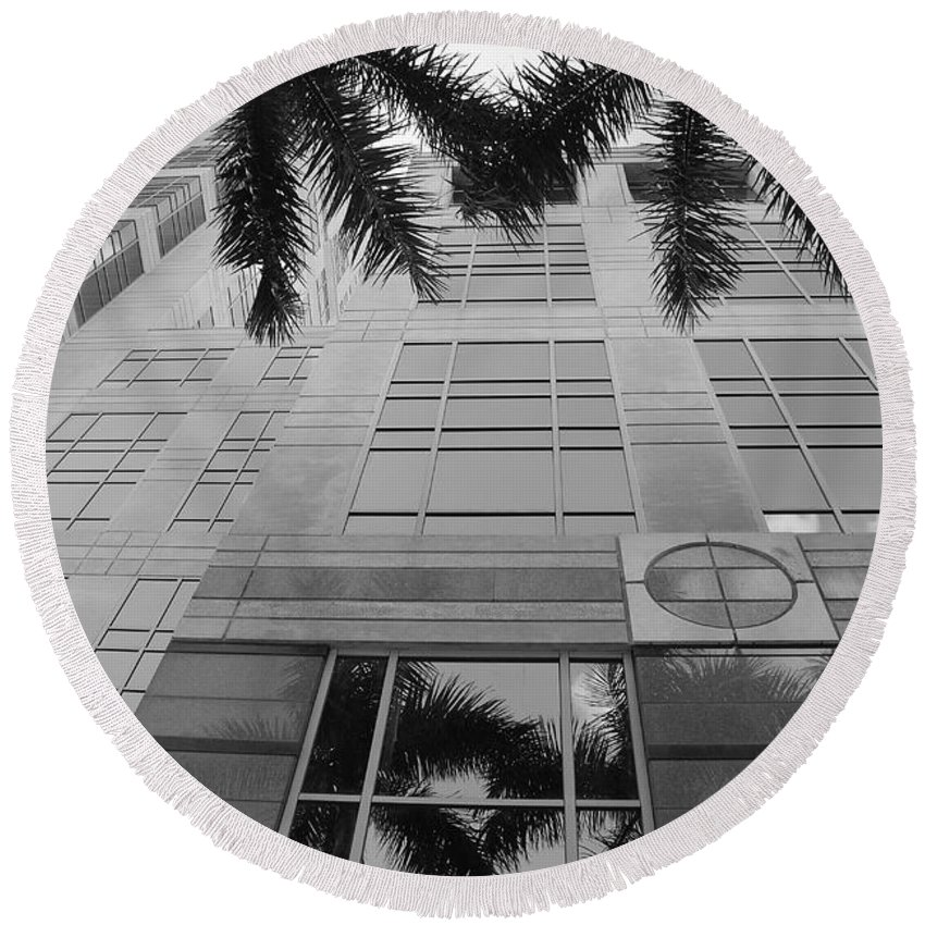 Architecture Round Beach Towel featuring the photograph Reflections On The Building by Rob Hans