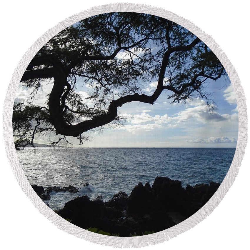 Wright Round Beach Towel featuring the photograph Relax - Recover by Paulette B Wright