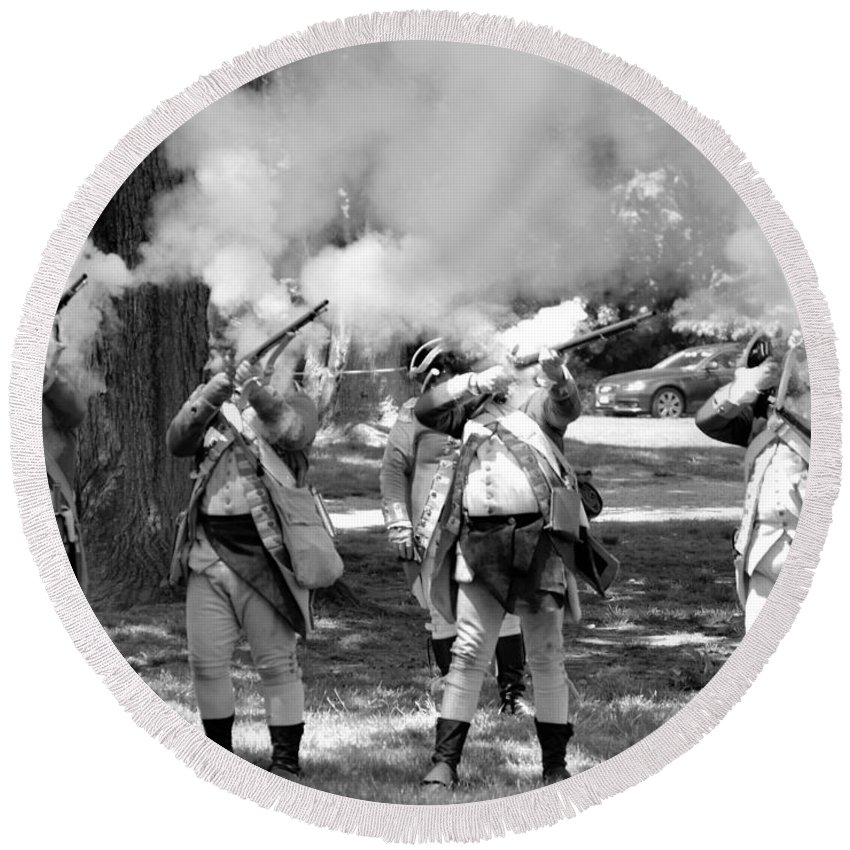Colonial Round Beach Towel featuring the photograph Reliving History-bw by Charles HALL