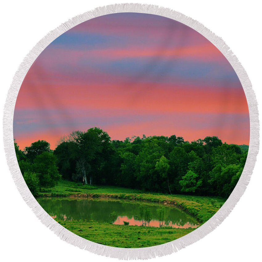 Landscapes Round Beach Towel featuring the photograph Restful Afternoon by Jan Amiss Photography