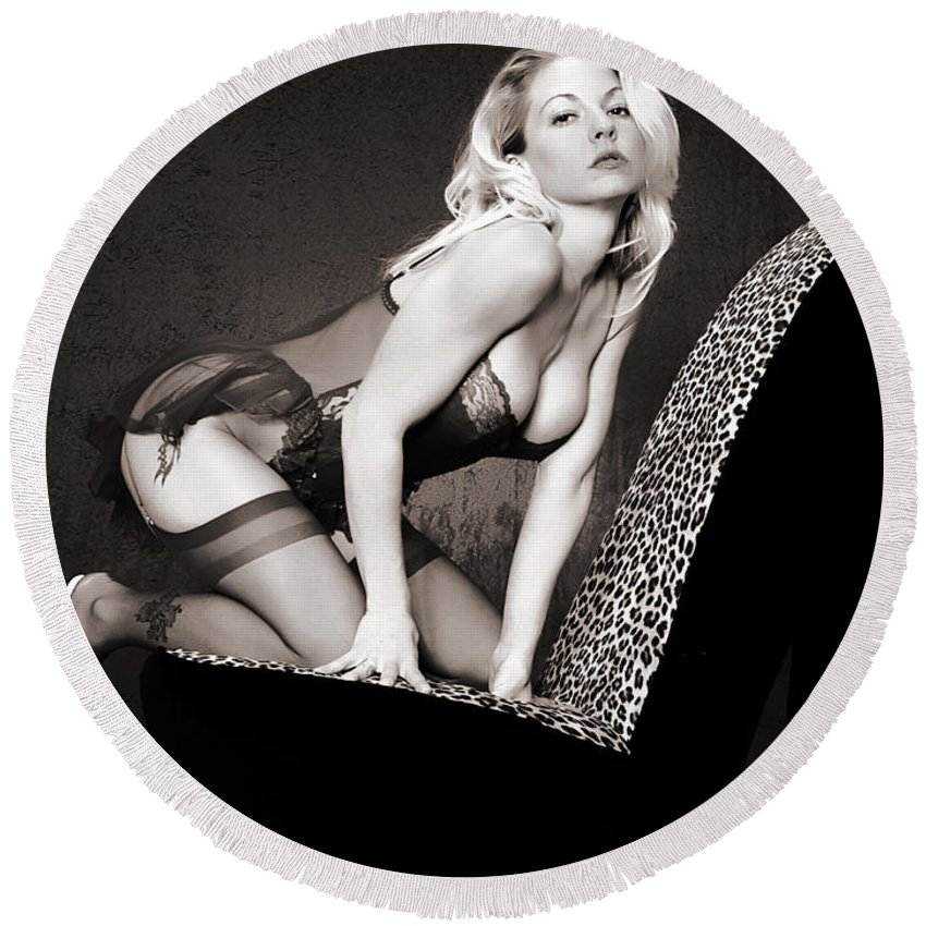 Clay Round Beach Towel featuring the photograph Retro Pinup by Clayton Bruster
