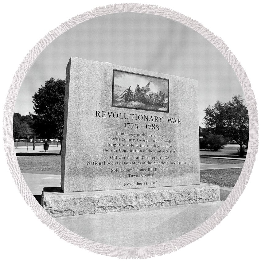 120 Film Round Beach Towel featuring the photograph Revolutionary War Memorial 1775 To 1783 by Timothy Wildey