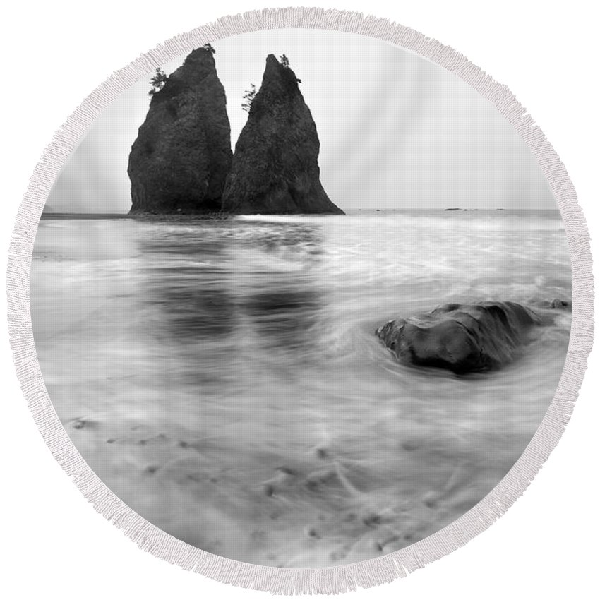 Beach Round Beach Towel featuring the photograph Rialto Reflections by Mike Dawson
