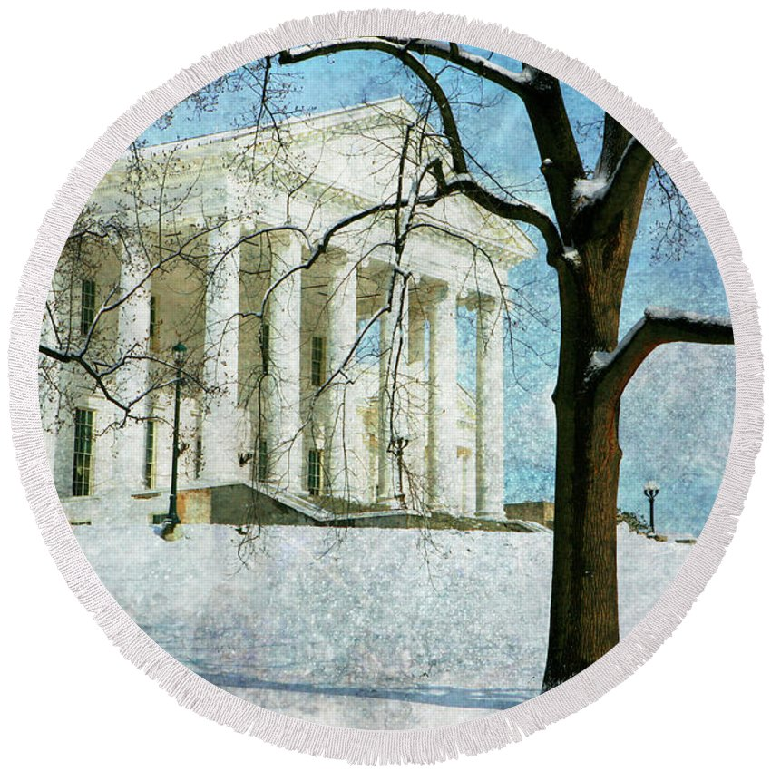 Round Beach Towel featuring the photograph Richmond Virginia Capitol In Snow by Guy Crittenden
