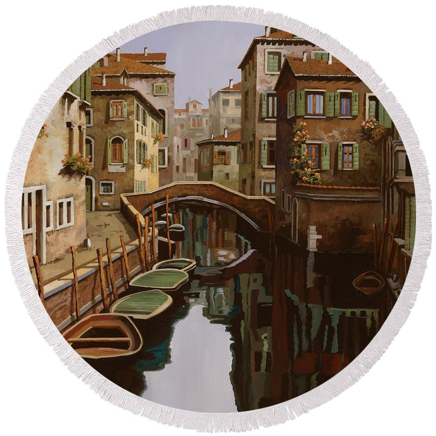 Venice Round Beach Towel featuring the painting Riflesso Scuro by Guido Borelli