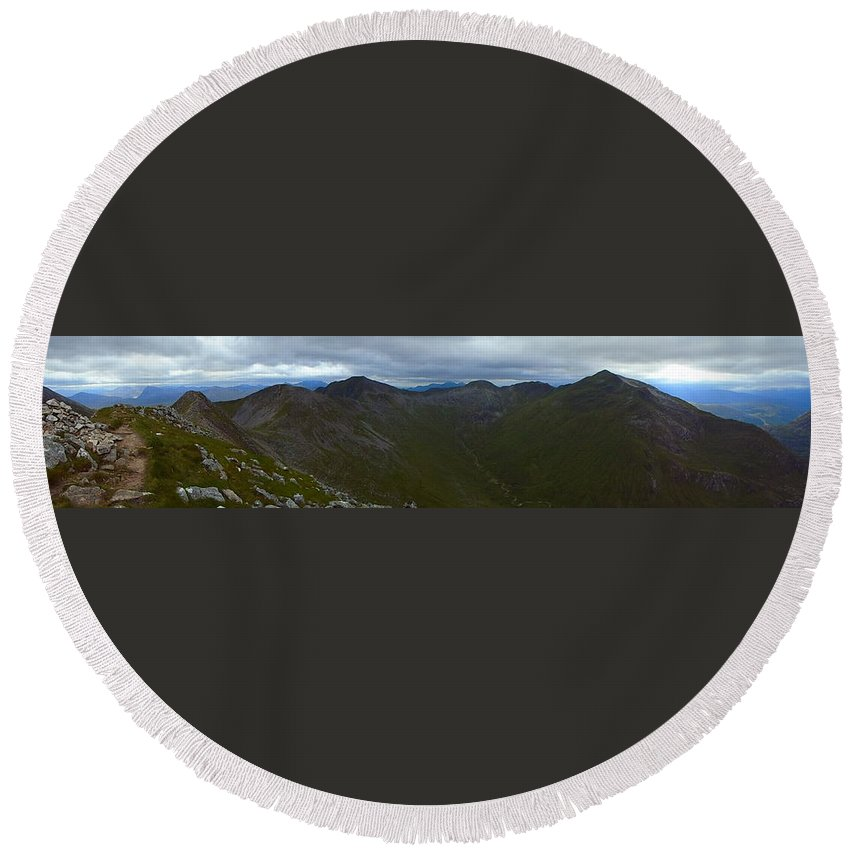Outdoors Round Beach Towel featuring the photograph Ring Of Steall by Lone Summit