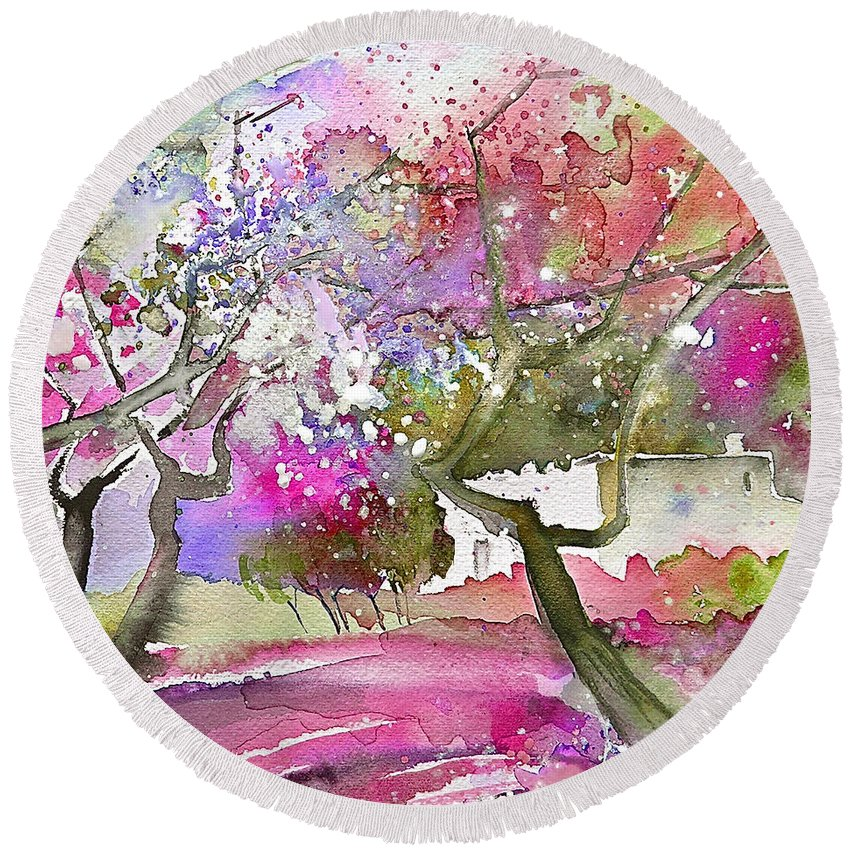 Spain Rioja Painting Travel Sketch Water Colour Miki Round Beach Towel featuring the painting Rioja Spain 02 by Miki De Goodaboom