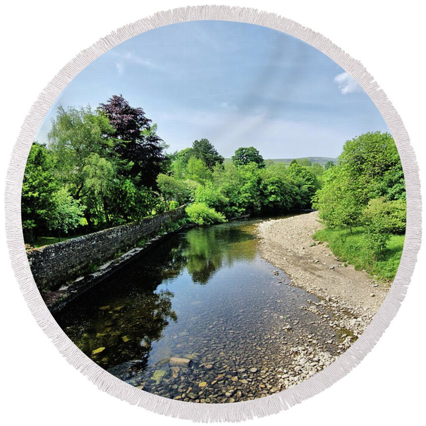 Grinton Round Beach Towel featuring the photograph River Swale, Grinton by Smart Aviation