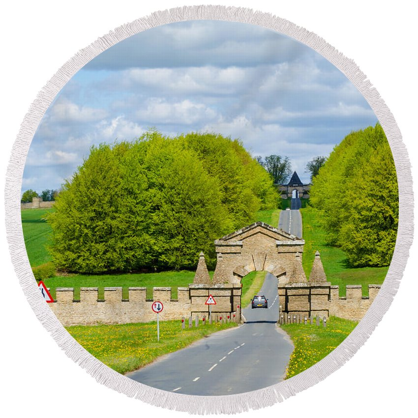 Burghley Round Beach Towel featuring the photograph Road To Burghley House-vertical by Shanna Hyatt
