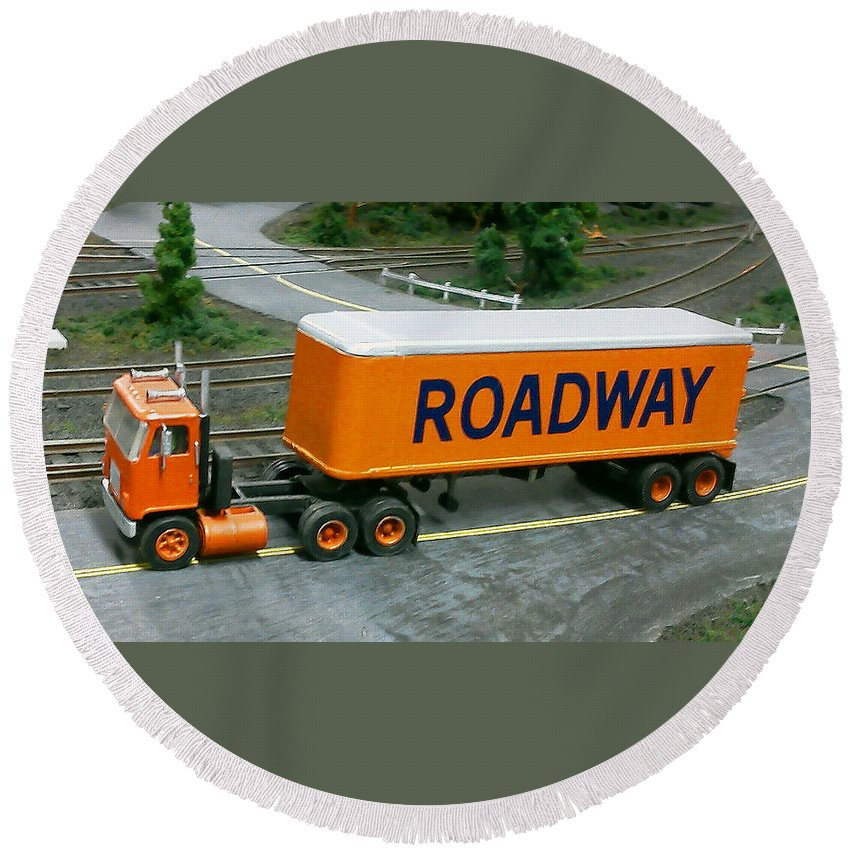 Pat Turner Round Beach Towel featuring the photograph Roadway Truck by Pat Turner