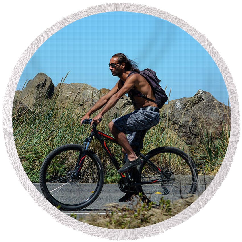 Bicyclist Round Beach Towel featuring the photograph Roaming America by Tikvah's Hope