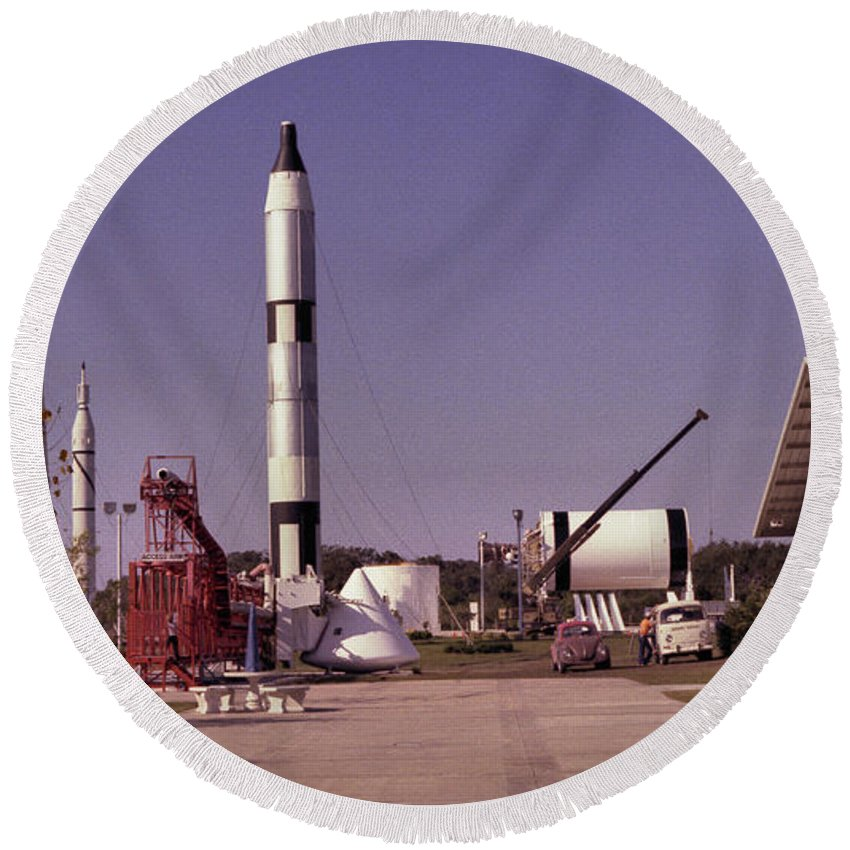 Rocket Round Beach Towel featuring the photograph Rocket Garden by Richard Rizzo