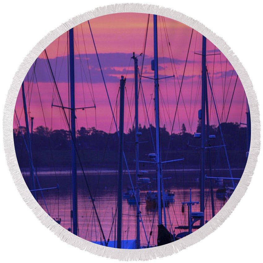 Sunrise Round Beach Towel featuring the photograph Rockland Sunrise by Darla Bruno