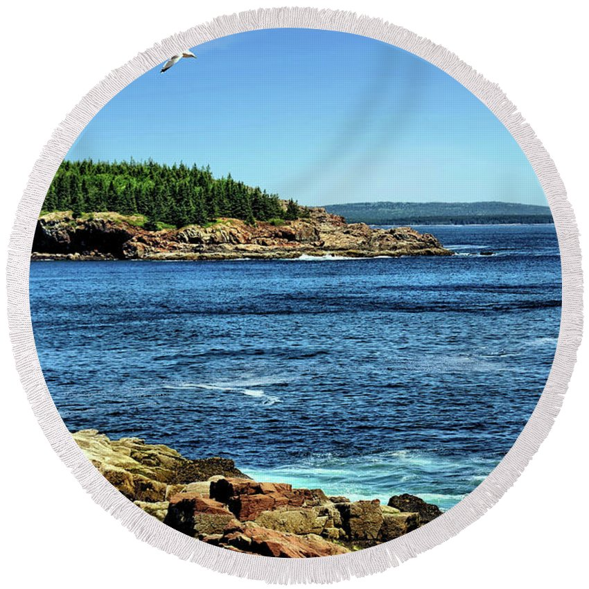 Rocks Round Beach Towel featuring the photograph Rocky Coastline 3 by John Trommer