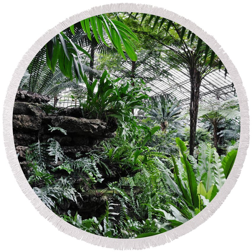 Garfield Park Conservatory Round Beach Towel featuring the photograph Rocky Fern Room by Kyle Hanson