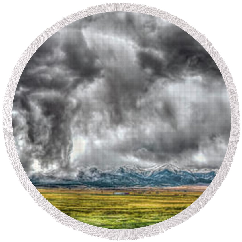 Colorado Round Beach Towel featuring the photograph Rocky Mountain Panorama Hdr by Greg Reed