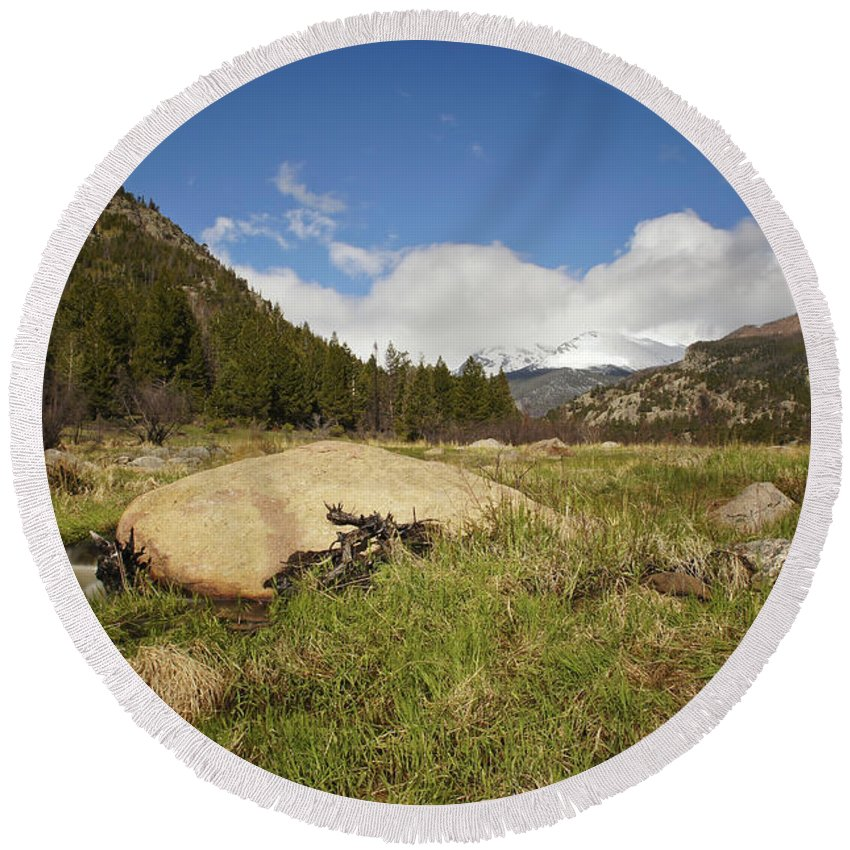 Horizontal Round Beach Towel featuring the photograph Rocky Mountain Valley by Brian Kamprath