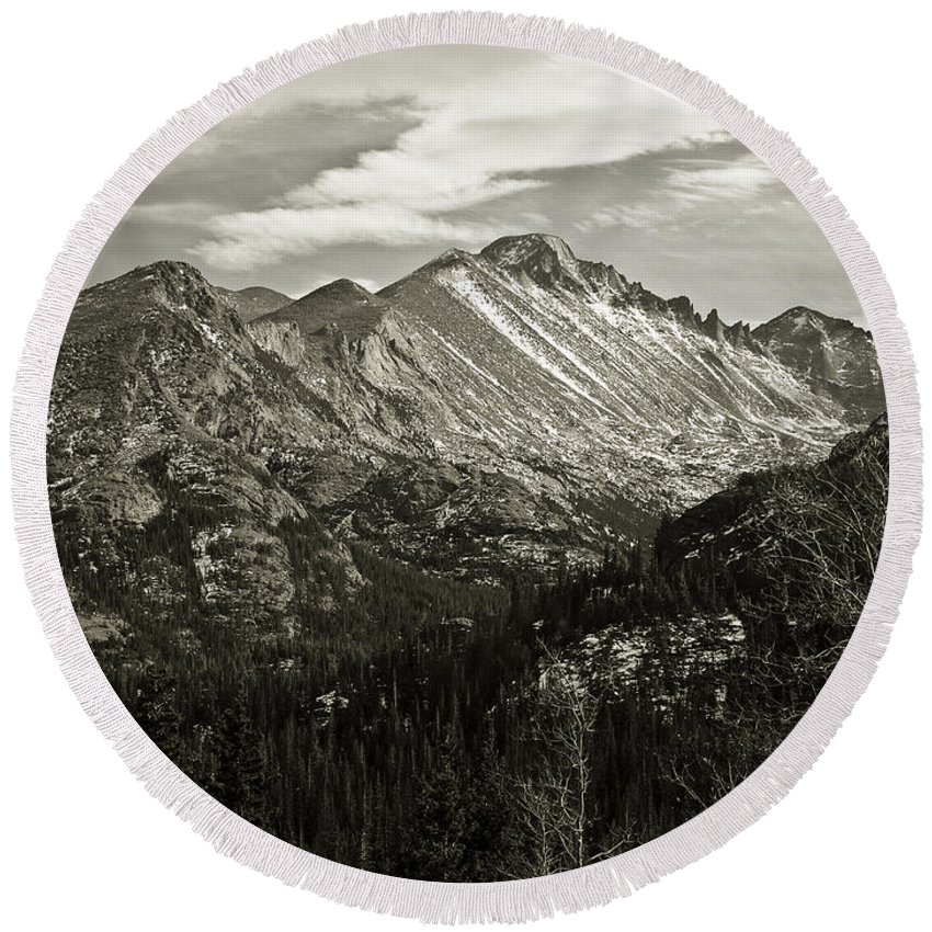 Colorado Round Beach Towel featuring the photograph Rocky Mountain Wonders by Marilyn Hunt