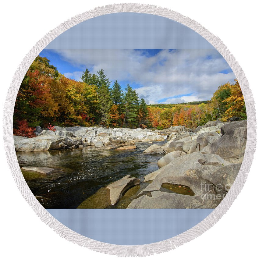 Rocky River Round Beach Towel featuring the photograph Rocky River by Alana Ranney