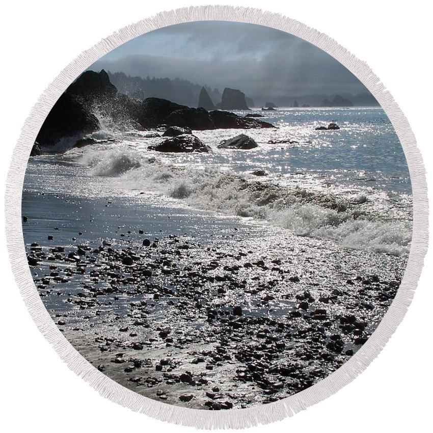 Ocean Round Beach Towel featuring the photograph Rocky Shores by Gale Cochran-Smith