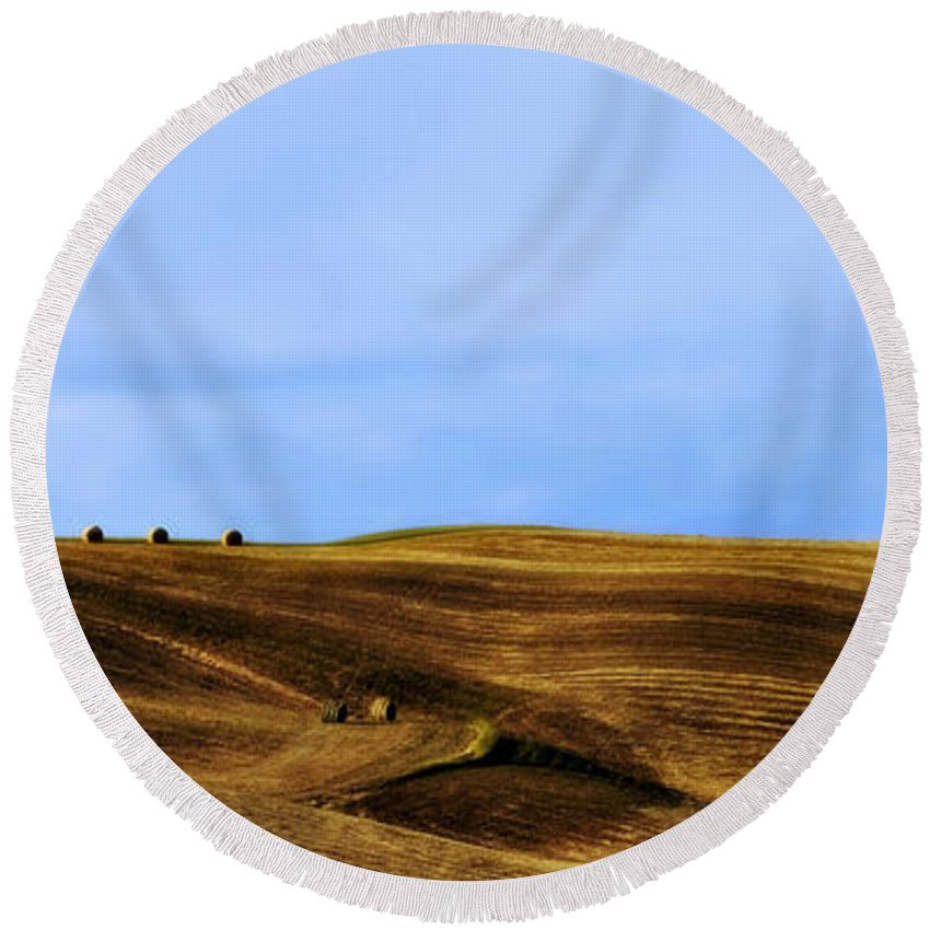 Landscape Round Beach Towel featuring the photograph Rolling Hills And Bales Of Hay by Marilyn Hunt