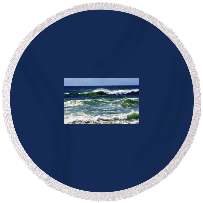 Round Beach Towel featuring the photograph Rolling Waves by Martin Stepalavich