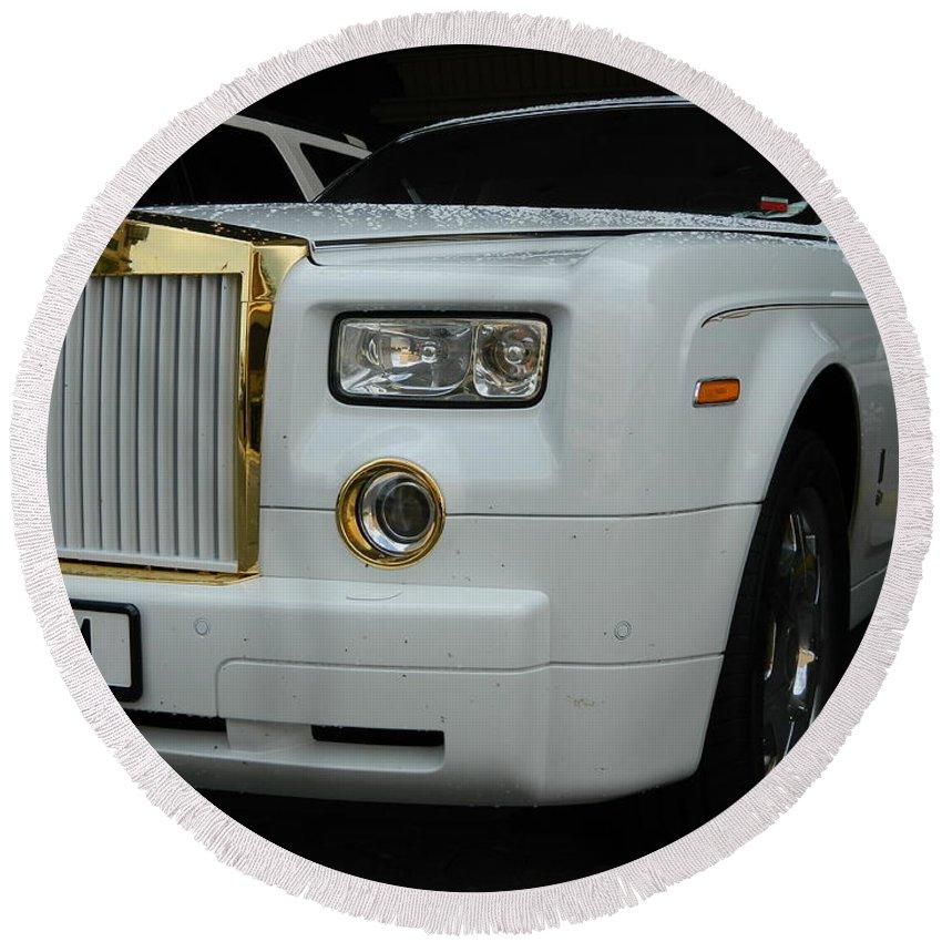 Car Round Beach Towel featuring the photograph Rolls Royce Phantom by Arlane Crump