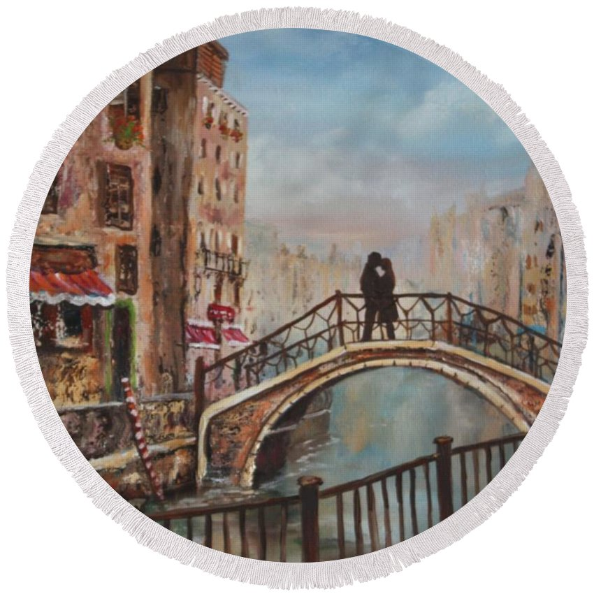 Venice Round Beach Towel featuring the painting Romance In Venice by Jean Walker