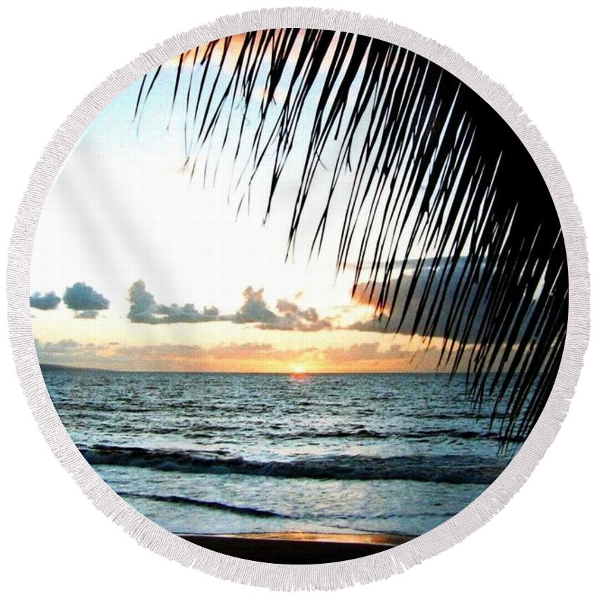1986 Round Beach Towel featuring the photograph Romantic Sunset by Will Borden